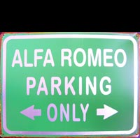 ALFA PARKING ONLY  Plaque pub métal 30x40 cm PARKING ONLY