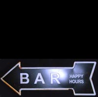 BAR HAPPY HOUR plaque metal flèche