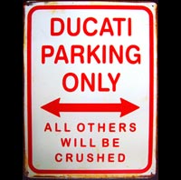 DUCATI  PARKING ONLY  Plaque pub métal 30x40 cm DUCATIPARKING ONLY