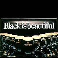 plaque bière GUINESS BLACK IS BEAUTIFUL Calendrier Plaque publicitaire relief métal GUINESS BLACK IS BEAUTIFUL Plaque publicitaire relief GUINESS BIERE