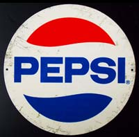 PEPSI PIN UP plaque vintage metal pepsi cola usa